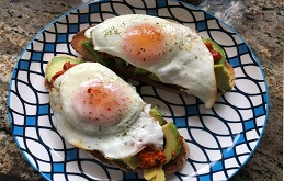 Ayvar, Avocado with Eggs