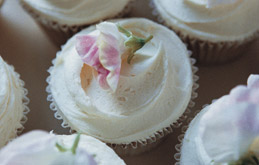 Amaretto Buttercream Icing