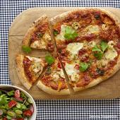Waitrose 1 Garlic Prawn & Chilli Pizza
