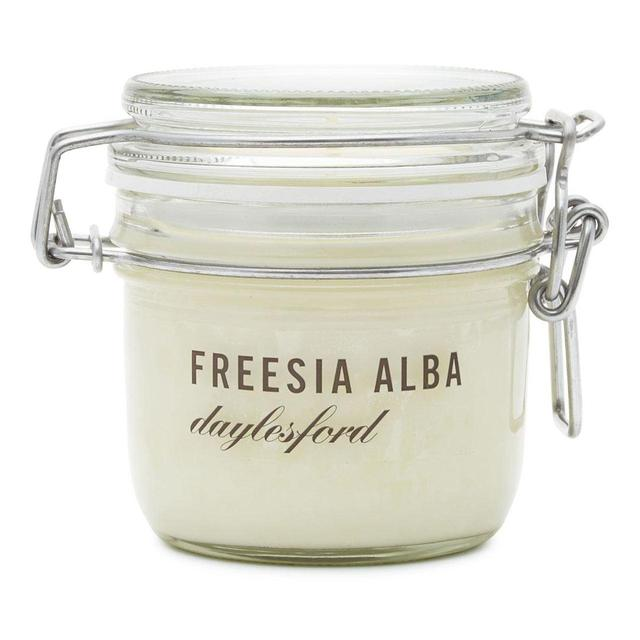 Daylesford Freesia Medium Scented Candle
