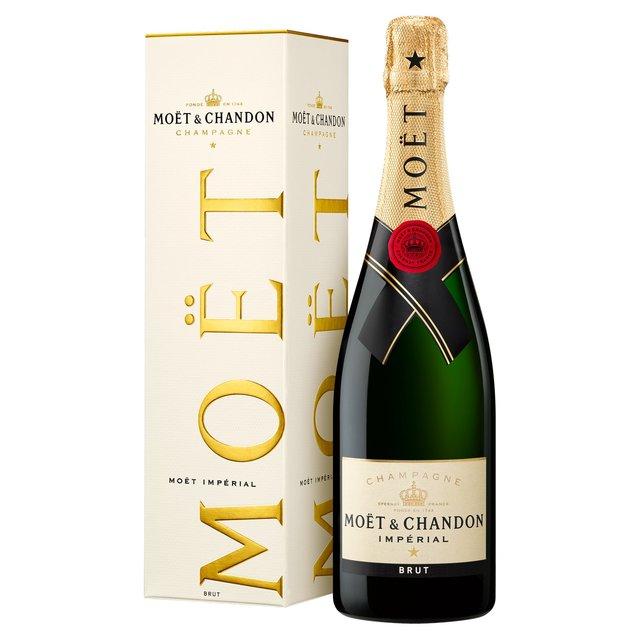 Moët & Chandon Impérial Brut Champagne Gift ...