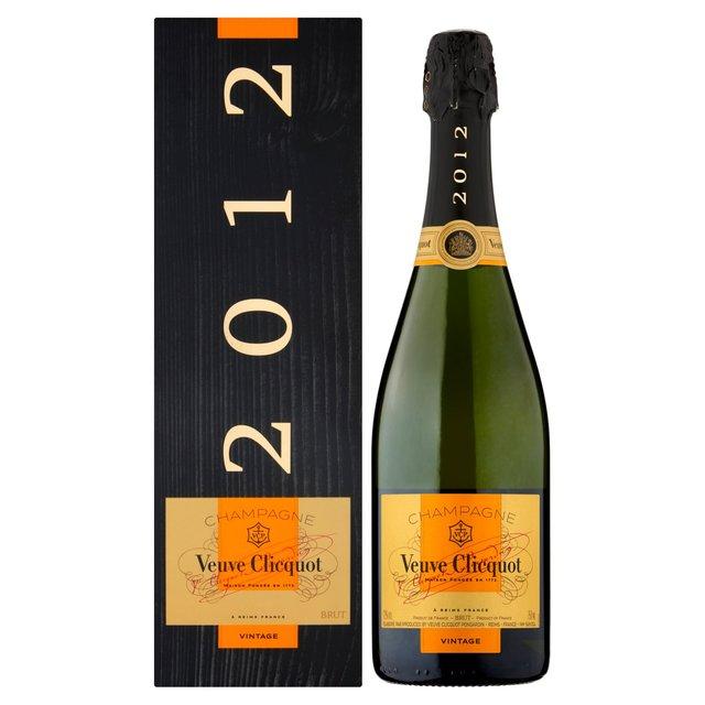 Veuve Clicquot Vintage Champagne 2008 (Gift Box) 75cl
