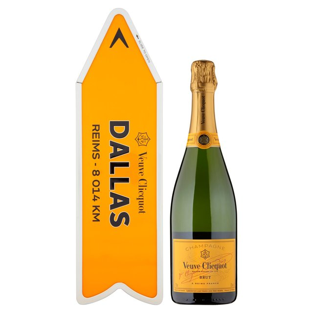 veuve clicquot arrow gift case champagne 75cl from ocado