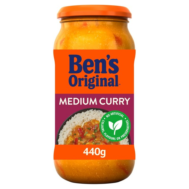 Uncle Ben's Indian Medium Curry Sauce 440g from Ocado