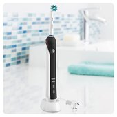 Oral B Pro 2500 Crossaction Electric Toothbrush With Case, Black