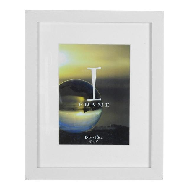 iFrame Photo Frame with Mount Solid White