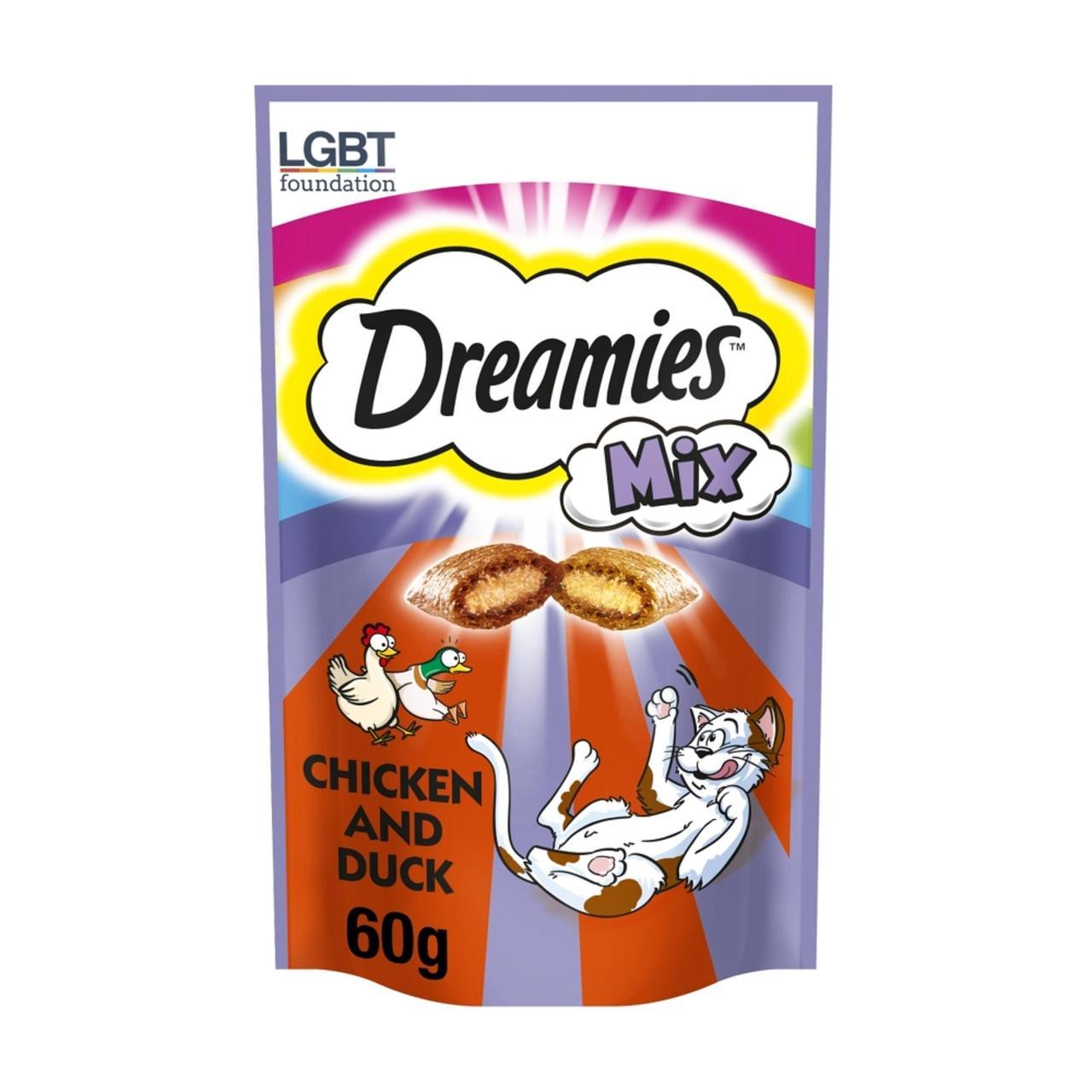 An image of Dreamies Mix Cat Treats Chicken & Duck