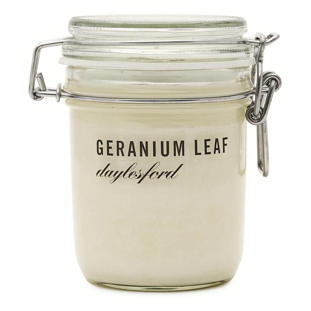 Daylesford Geranium Leaf Scented Candle Jar Large 52 Hours