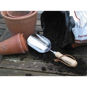 Burgon & Ball RHS Compost Scoop
