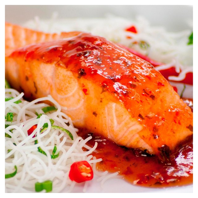webshop product saucy fish salmon fillets with chilli lime ginger